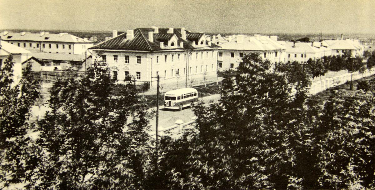 Раён Гелянова на фота сярэдзіны 1950-х